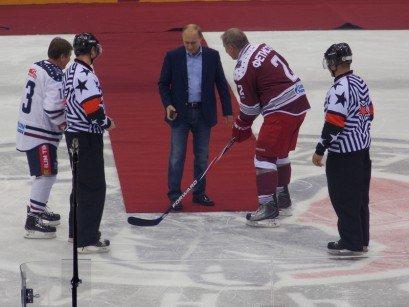 Хоккей. Путин